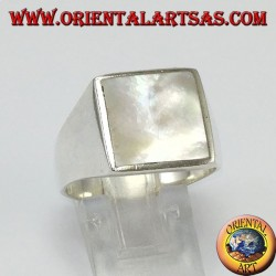 Simple silver ring with square mother of pearl