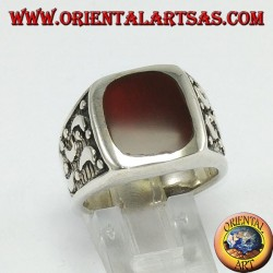 Silver ring and corney with lateral carved moons