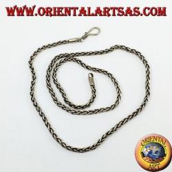 Collana  in argento, maglia ad intreccio e sezione quadrata  di cm 50