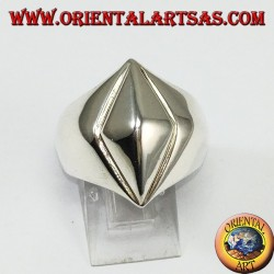 Silver ring, pyramid with rhombus base