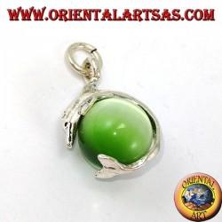 Ciondolo in argento delfino con sfera in occhio di gatto verde