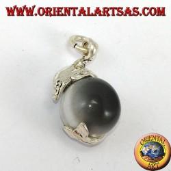 Ciondolo in argento delfino con sfera in occhio grigio di gatto