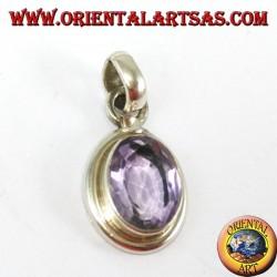 Ciondolo in argento con ametista naturale ovale con montatura semplice