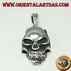 Silver pendant in the shape of a skull