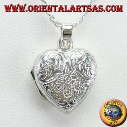 Ciondolo Portafoto cuore cesellato in argento (piccolo)