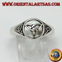 Silver ring with three knots of Tyrone (Celtic knot)
