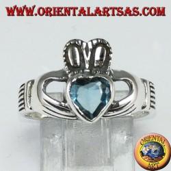 Кольцо Клэддага с голубым топазом