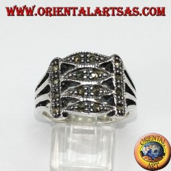 Anello in argento con marcasite a 4 ellissi parallelin argento , con marcasite