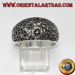Anello in argento bombato con marcasite