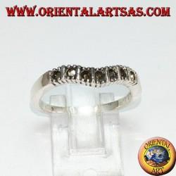 Серебряное кольцо с марказитом (V-диапазон)