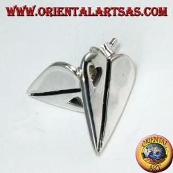 Pendientes de lóbulo de plata en forma de corazón, con un pequeño corazón perforado