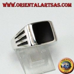 Silver ring with square onyx and engravings with three staves on the sides