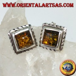 Lobe earring with green square amber in silver