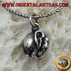 Silver elephant pendant with three-dimensional down proboscis