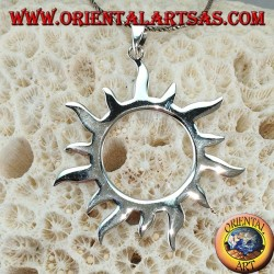 Silver pendant with sun rays