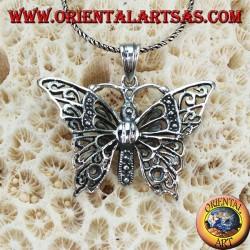 Colgante de plata en forma de mariposa grande