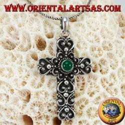Ciondolo in argento, croce barocca fatta a mano con agata verde al centro