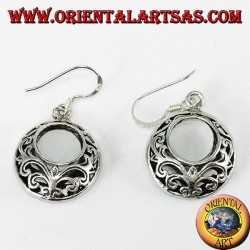 Perforated round silver earrings