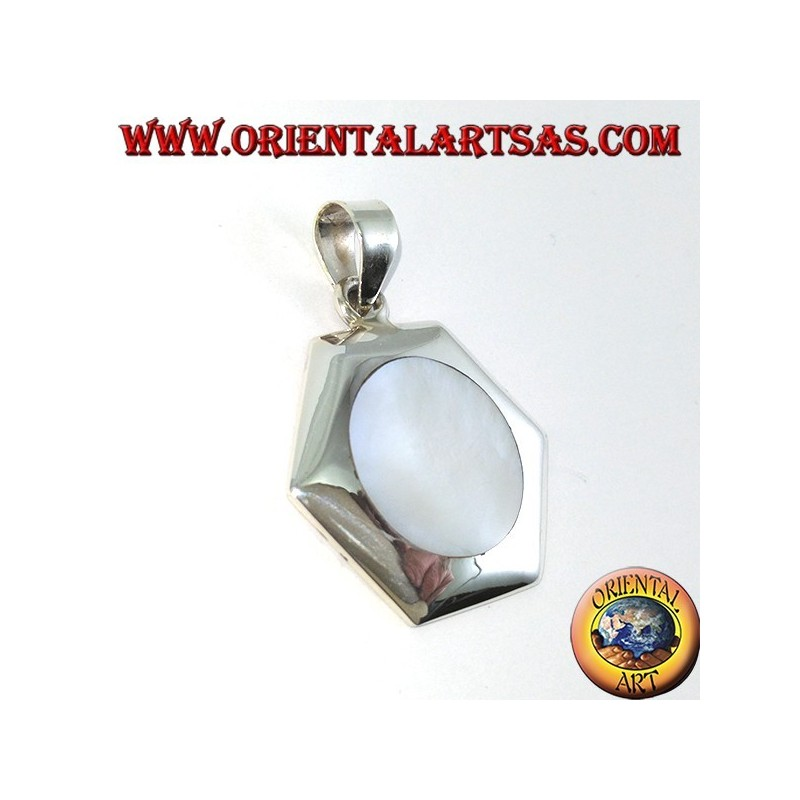 Hexagonal silver pendant with round mother-of-pearl