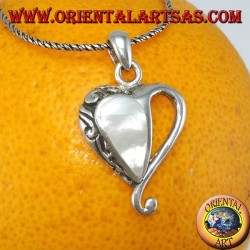 Silver heart pendant with mother of pearl