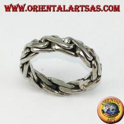 Anello in argento a catena bizantina