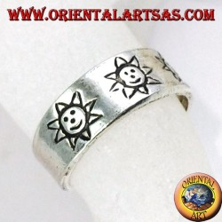 Silver ring from feet or phalanx with inlaid sun