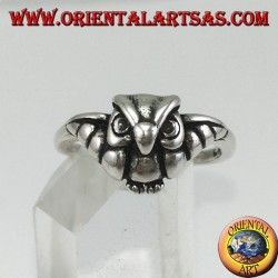 Small silver ring with owl