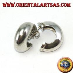 Orecchini a cerchio in argento larghi con chiusura a farfallina