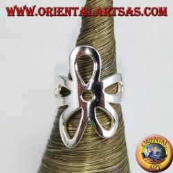 Ring aus glattem Silber mit einer Blume