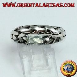 Anello a fedina in argento intrecciata a mano