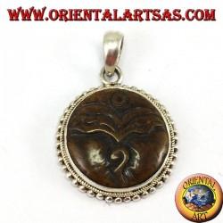 Ciondolo in argento amuleto occhio di Buddha intagliato in osso di yack