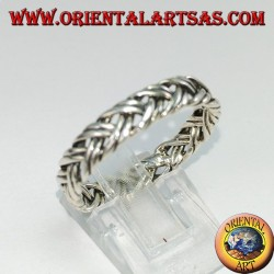 Silver ring with a pair of intertwined threads