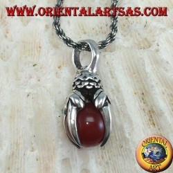 Pendant in silver eagle claw with carnelian sphere