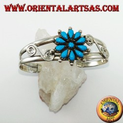 Rigid silver bracelet with turquoise daisy