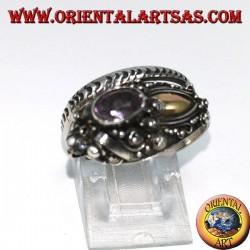 Anello in argento cobra con piastrina in oro ed ametista