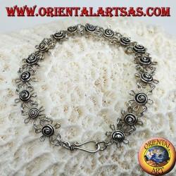 Armband mit handgefertigten Gänseblümchen in 925 Silber