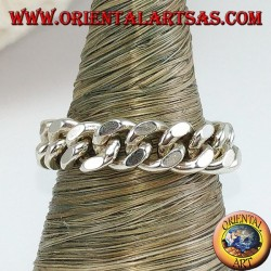 Silver ring with movable chain