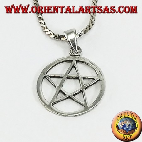 Silver pendant with pentacle star in the circle, small