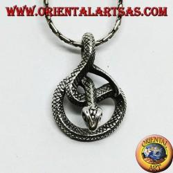Ciondolo in argento serpente annodato