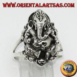Серебряное кольцо с Ганешем, сидящим на цветке лотоса