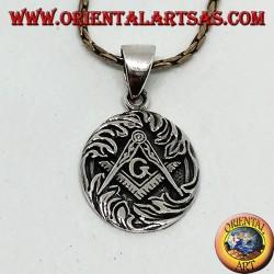 Ciondolo in argento lo squadro e compasso sovrapposti con G , simbolo della massoneria