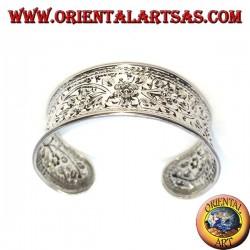 Hand chiselled silver bracelet (concave) floral design
