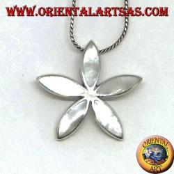 Silver pendant with star-shaped mother-of-pearl