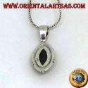 Ciondolo in argento con onice sfaccettata ovale a punta e marcasite sul bordo