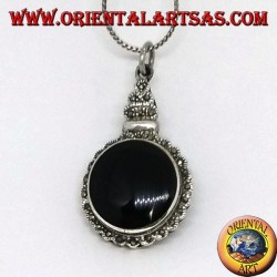 Silver pendant with round onyx and marcasite on the imperial style border
