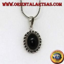 Silberanhänger mit ovalem Onyx und gewelltem Rand