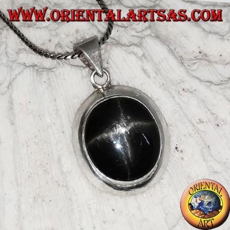 Ciondolo in argento liscio con black star (Diopside) ovale