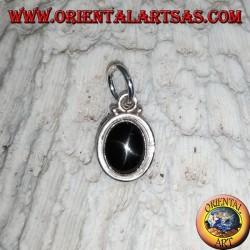 Pendentif en argent avec étoile noire (Diopside) ovale et bord lisse