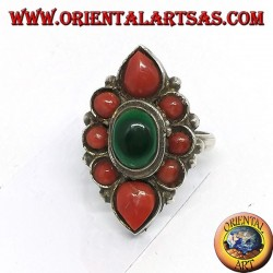 Silver ring with central malachite and decorated with natural corals