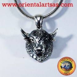 Ciondolo in argento testa di bisonte, testa di toro
